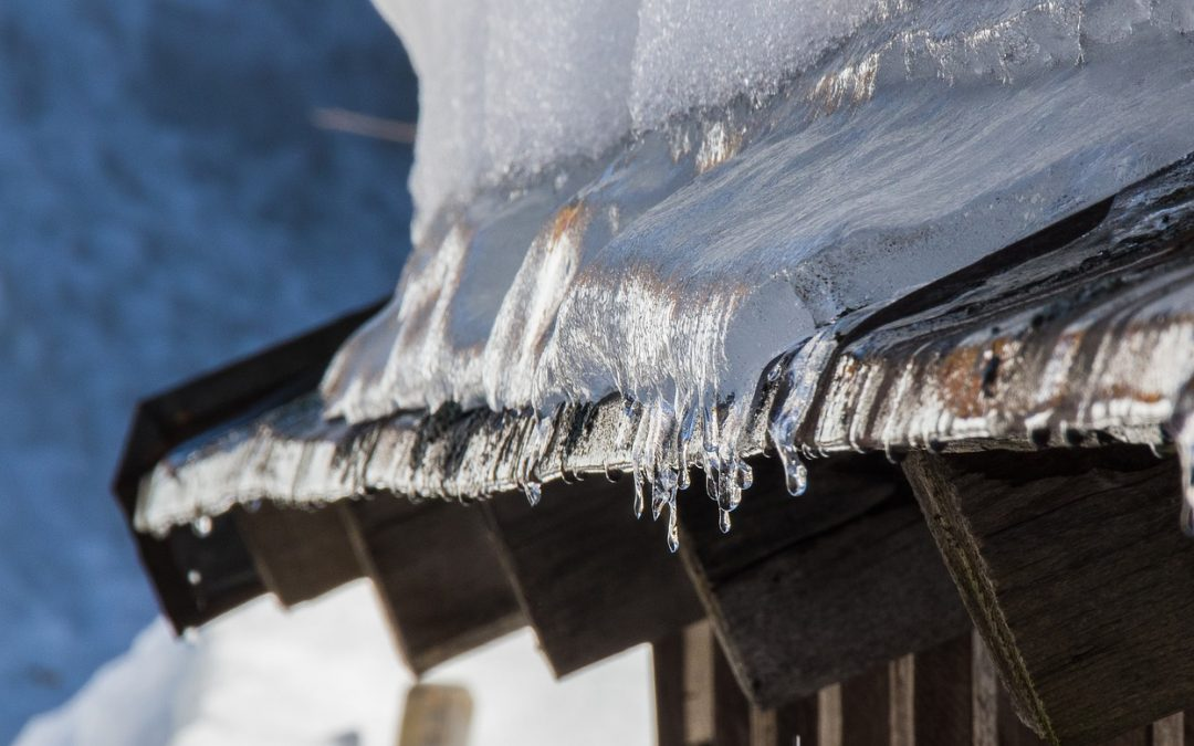 Winter Roof Ice: Damming Issues